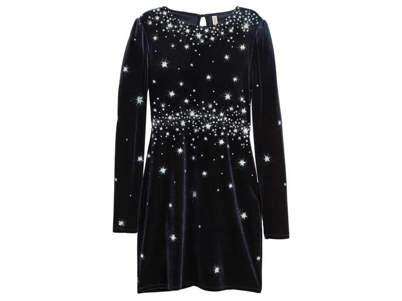 a7f9b777c4e72 فستان مخملي من إتش آند إم في مراكز سيتي سنتر للتسوق